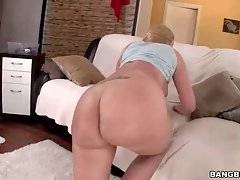 Booty White Babe Is Assdrilled And Spunked 2