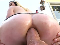 Gaping Gia`s Anal & A2M Perversion